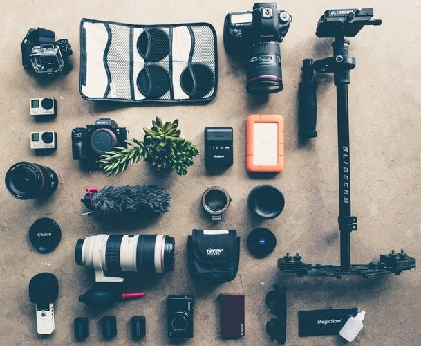 Camera equipment and lenses